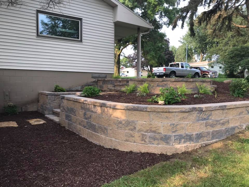 Side-House-Retaining-Wall-With-Steps